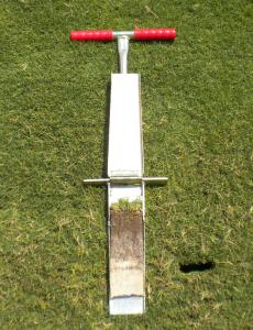 12 Inch Deep Mascaro Profile Sampler - The sample is extracted and then the cutter blade is simply opened with the aid of a specially designed hinge. No bolts or screws to fumble with when opening sampler. Sample can be viewed instantly and it has the quality you have come to expect from Turf-Tec International.